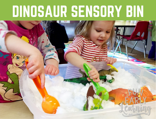 Dinosaur Excavation Sensory Bin! Fun dinosaur sensory activities for children, preschool, kindergarten. Perfect for a dinosaur theme. #sensorybin #sensoryplay #funearlylearning